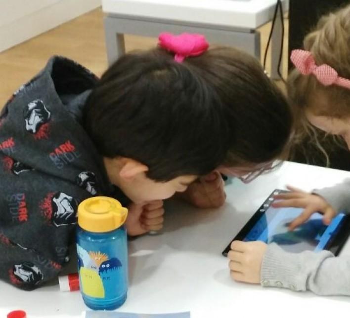 Niños en el taller