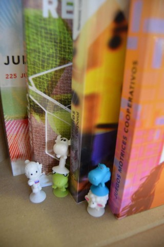 libros con bonecos